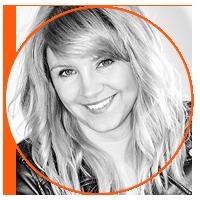 Nina Żukowska prowadzi szkolenie / kurs Event Manager